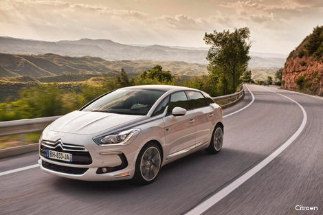 Citroen DS5 with Hybrid4 diesel hybrid technology